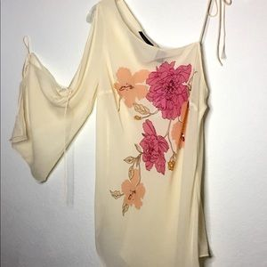 NWT Express off the shoulder blouse cream floral